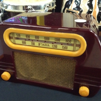 Antique Bakelite Radio - Sanford Estate Sale