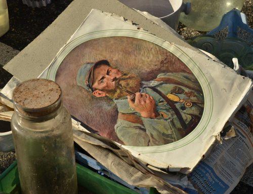 Selling Antique Artwork? DIY vs. Professional Services
